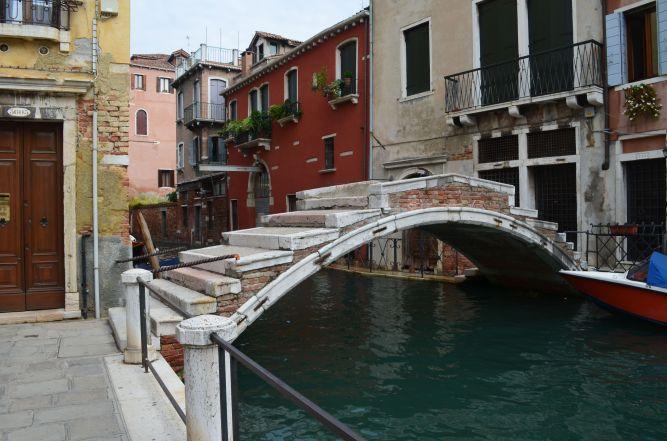Last armless bridge