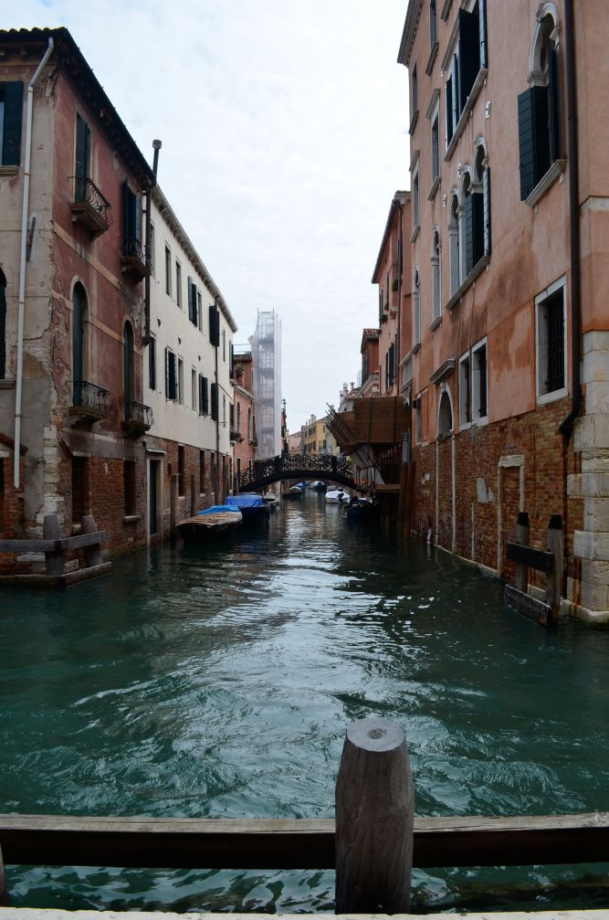 Canals intersect outside Mama's previous apartment