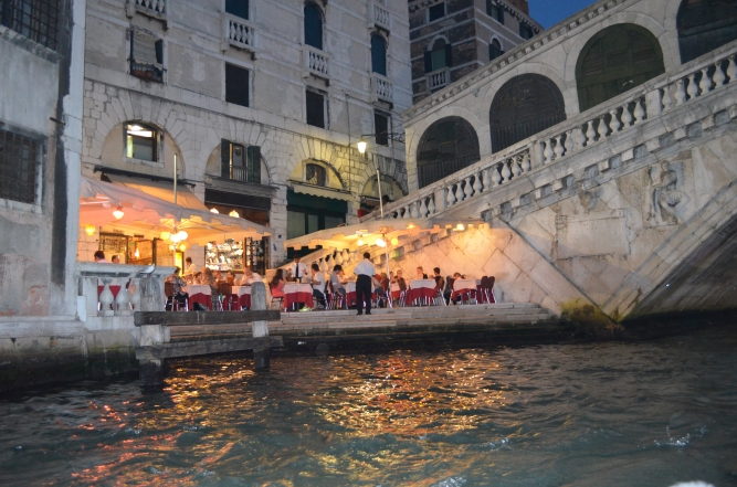 Restaurant at the foot of Rialto