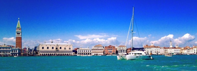 Venice, Italy - Photo by Davide Venier